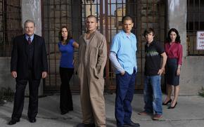 escape, Dominic Purcell, Robin Miller TanniVentvort, Sarah Wayne Callis, Stacy Keach, Marshall Ellman