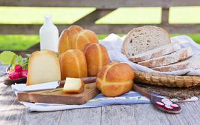 корзина, салфетка, хлеб, ломти, сыр, нож, редиска, стол, молоко, зелень, аппетитно