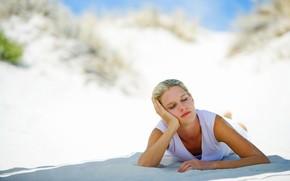 medytacja, piasek, dziewczyna, sen