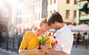 pair, guy, girl, Ginger, Smile, joy, bouquet, Tulips, Flowers, city, column