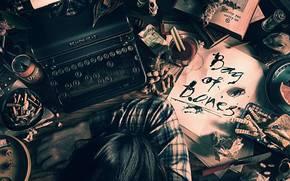 mano, testa, tavolo, Sigarette, coltello, macchina da scrivere, vetro, pasticcio, Noccioline, libro, chiave, banca, mouse, limone