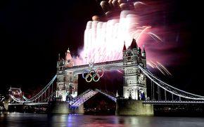 Лондон, ночь, мост, фейерверк, олимпийские кольца, Тауэрский мост