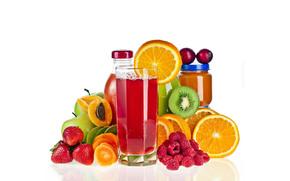 бутылочки, натуральный сок, фрукты, киви, апельсины, яблоки, малина, персики, клубника, стакан