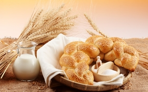 хлеб, калач, кунжут, молоко, кувшин, мука, зерно, колосья, пшеница