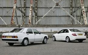 Мерседес, седан, белый, старый и новый, вид сзади, фон, Mercedes