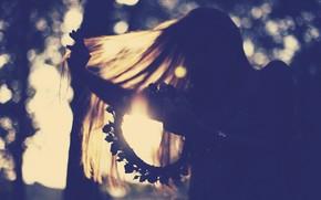 Mood, girl, hair, motion, Flowers, flower, roses. roses, wreath, weaving, sun, light, background, wallpaper, full screen