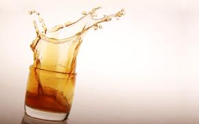 goblet, glass, whiskey, spray