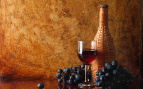table, reflection, goblet, bottle, wine, red, bunch, grapes