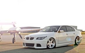 car, wallpaper, White, BMW, Tuning, sun, airfield, plane, machine, Beautiful, is, front, bmw