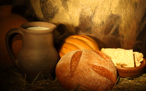 кувшин, молоко, хлеб, солома