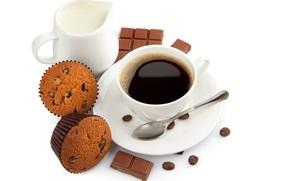 кофе, чашка, ложка, зерна, кексы, шоколад, молоко, десерт, сладости, выпечка, завтрак