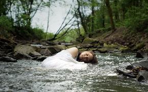 ragazza, fiume, foresta, stato d'animo