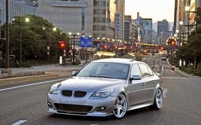 BMW, fifth series, silver, hatch, city, Street, traffic lights, building, sky, bmw