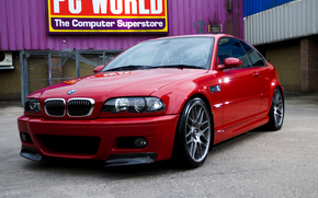 бмв, красный, задний двор, стена, ограждение, кондиционер, вывеска, стекло, отражение, BMW