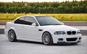 BMW, white, black roof, hatch, Trees, lawn, road sign, bmw