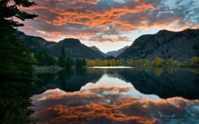 небо, облака, озеро, горы, осень, лес, отражения