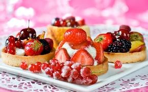 cakes, dessert, tartlets, sweet, Berries, currant, strawberry, raspberry, blackberry, cherry