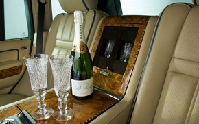 champagne, tasses, luxueux, voiture, Champagne, Coupes, de luxe, Voiture