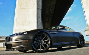 Астон Мартин, ДБМ, чёрный, матовый, вид спереди, колоны, Aston Martin