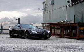 Mercedes Benz, SLR McLaren, Black, front view, building, limes, lantern, mercedes
