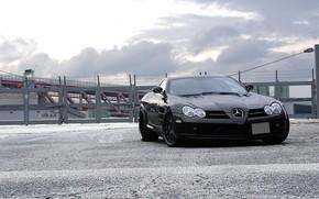 Mercedes Benz, McLaren, negro, vista frontal, cielo, las nubes, Mercedes