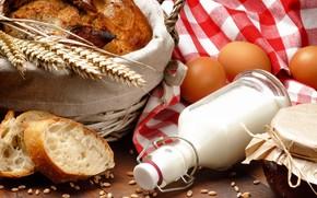 молоко, яйца, салфетка, хлеб, баночка