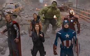 The Avengers, Marvel, superheroes, team, organization, SCH.I.T, man of iron, armor, Tony Stark, Robert Downey Jr., Hawkeye, onion, agent, Clint Barton, Jeremy Renner, The Black Widow, gun, Natasha Romanoff, Scarlett Johansson, hulk, Bruce Banne
