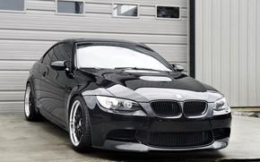 бмв, чёрный, купе, отражение, свет фар, ворота, BMW