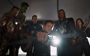 The Avengers, Marvel, superheroes, team, organization, SCH.I.T, man of iron, armor, Tony Stark, Robert Downey Jr., Hawkeye, onion, agent, Clint Barton, Jeremy Renner, The Black Widow, gun, Natasha Romanoff, Scarlett Johansson, hulk, Bruce Banne