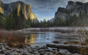 USA, Parc national de Yosemite, Parc national de Yosemite, Montagnes, rivire, fort, noyaux, hiver, Dcembre, sandeep thomas rhotography