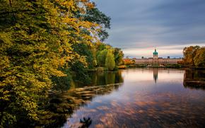 schloss charlottenburg, berlin, Берлин, Германия, germany, Дворец Шарлоттенбург, озеро, природа, осень, деревья