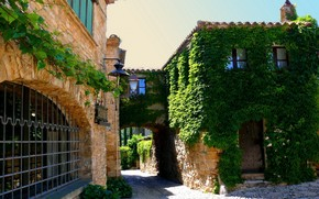 city, home, Spain, Catalonia, Foralyak, greens, lights, Flowers, window, road, plate, door, roof, stones, Reshotka
