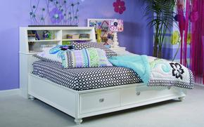интерьер, комната, квартира, кровать, подушки, фиолетовый, круги, узор, обои, цветочки, цветы, синий, растение, фон