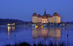 Deutschland, Sachsen, Moritzburg, Burg, Abend, Beleuchtung, Licht, Wasser, Reflexion