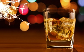 whiskey, ice, cubes, goblet, bokeh, Sparks