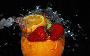 goblet, glass, fluid, drops, spray, strawberry, orange, macro