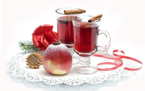 glasses, drink, cinnamon, apple, star anise, napkin, cookies, bow
