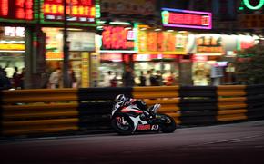 motocicletta, girare