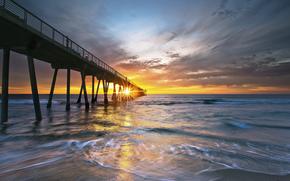 USA, California, coast, ocean, pier, evening, sun, rays, sunset, sky, clouds