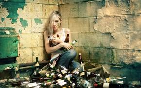 ragazza, Bottiglia, situazione