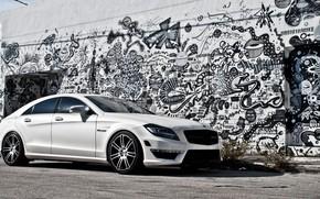 white, gaffiti, wall, mercedes