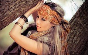 Mood, girl, glasses, bandana, Scarf, makeup, decoration, bijouterie, accessory, Bracelets, view, nature. tree, background, wallpaper