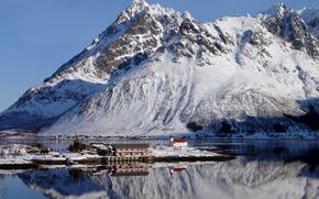 Норвегия, Лофотен, горы, снег, зима, залив, мыс, дома, церковь