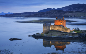 Great Britain, scotland, United Kingdom, Scotland, evening, castle, fortress, backlight, lake, reflection, Mountains, blue, sky