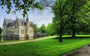 Castles (Fortress), Belgium, cortewalle, grass, of