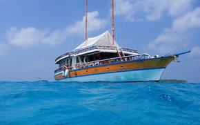 Мальдивы, тропики, яхта