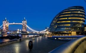 Puente de la Torre, Ayuntamiento, Londres, Inglaterra, Gran Bretaa, thames, Puente de la Torre, Ayuntamiento, Londres, Inglaterra, Reino Unido, ro, Thames, Barco, tarde, luz, iluminacin, personas