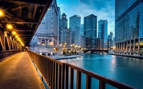 chicago, Чикаго, llinois, Иллинойс, usa, США, город, вечер, река, дома, здания, высотки, небоскребы, дорога, освещение, свет, мост