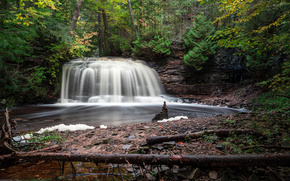 водопад, лес, деревья, скалы, пейзаж