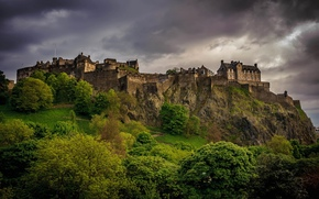 West End, Edimburgo, Escocia, Gran Bretaa, West End, Edimburgo, Escocia, Reino Unido, castillo, paisaje, Los rboles, verduras, tarde, las nubes, Nublado